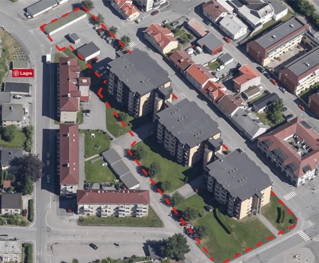 - Er det mulig å på St Josephbygge boliger med en tetthet som er 3,2 gangerså høy som i Busterudgata Borettslag?Videre kan en spørre om det er mulig å bygge ytterligere en blokk øverst i rekken her. 30 nye leiligheter som stiller krav til 1050m2 med uteoppholdsareal?Hvilke kvaliteter er det som ønskes i Halden sentrum, spør SG Arkitekter.